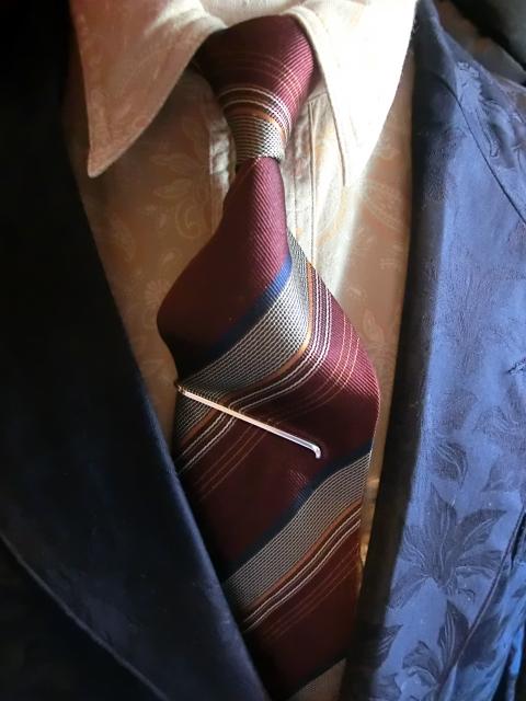tie slide earpick 1