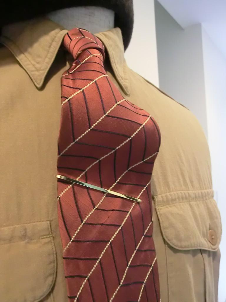 tie slider10