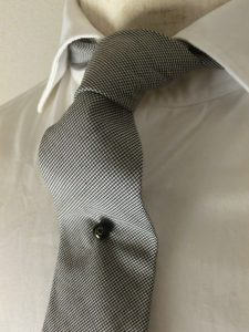 12 ball tie tack 1