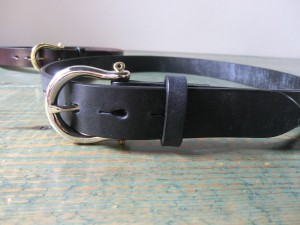 CA-20 UK BRIDLE BELT SHACKLE 1