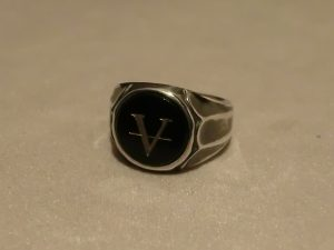 victory onyx ring1