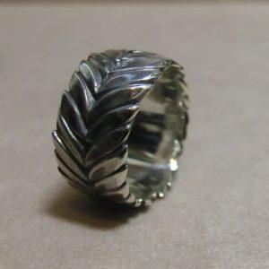 laurel wreath ring m 2