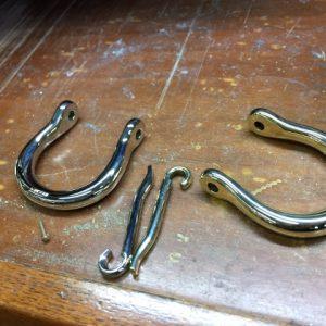 shackle buckle belt5