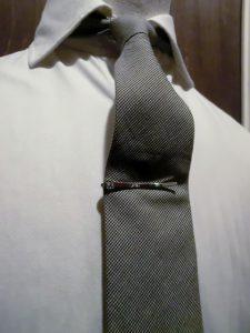 reversible tie pin2