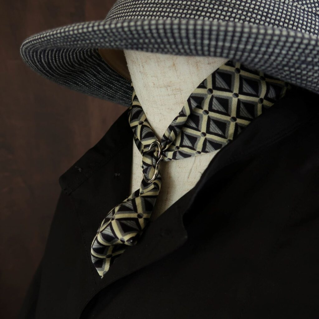 スカーフの着用例